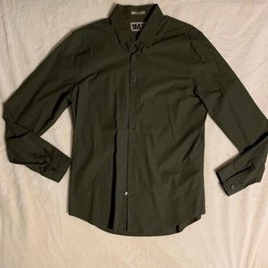 Express Fitted Button Up